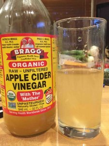 applecidervinegarwithmotheringlass.jpg
